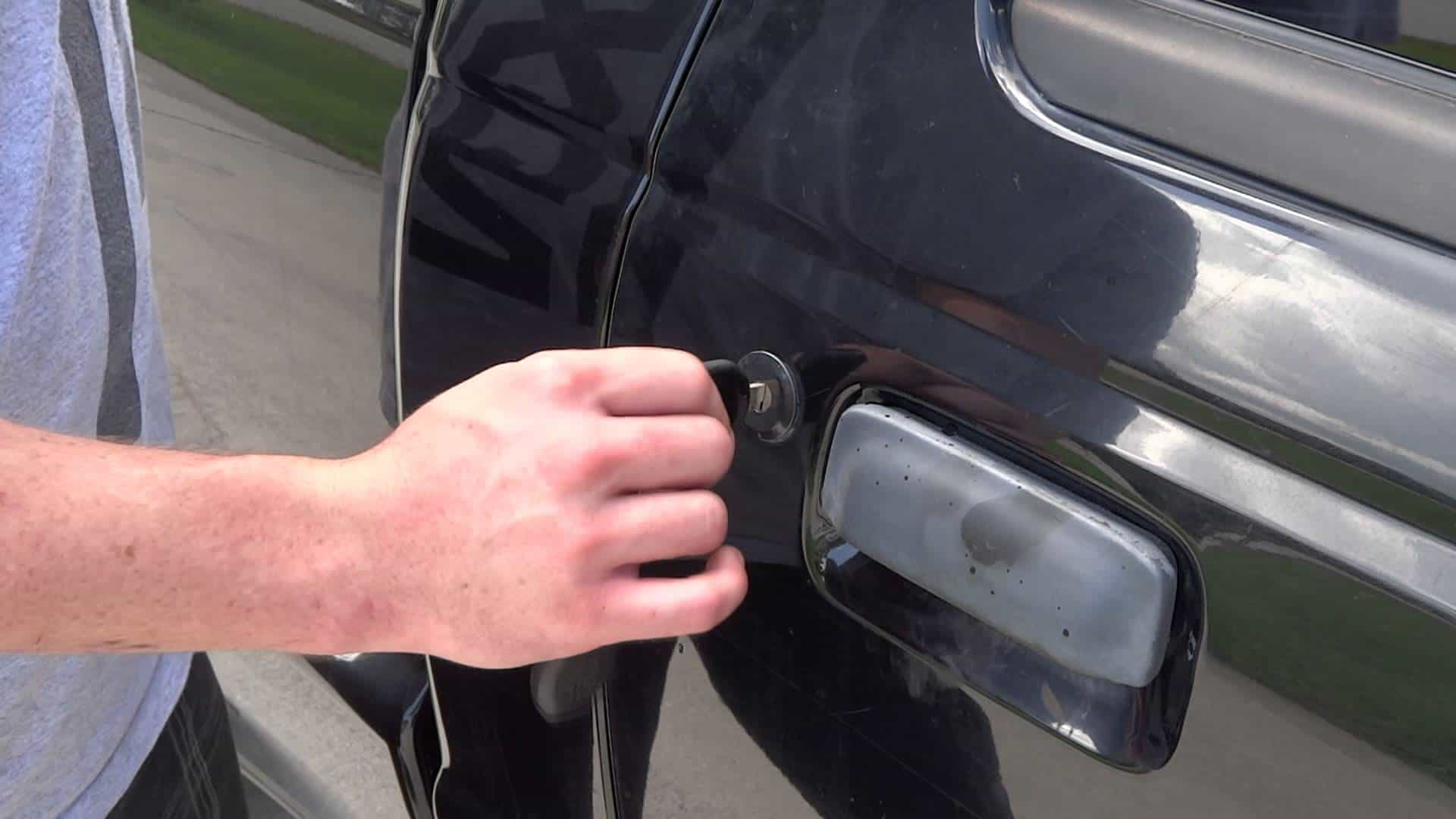 How to fix a car door that wont open