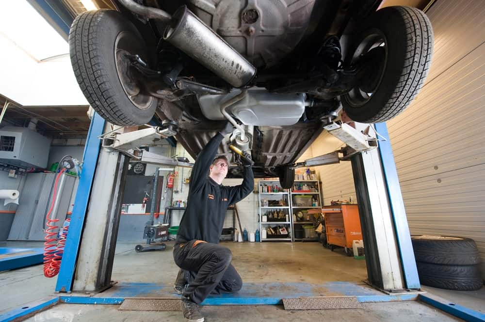 Signs Of A Bad Catalytic Converter >> 5 Major Signs to Prove That There Are Problems in Your Car ...